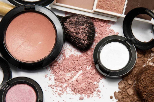Makeup & Cosmetics Products - Meiya